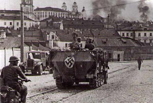 Nazi troops entering Minsk, Огту 1941