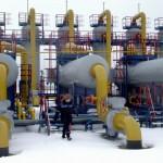 Vladimir Putin: 'We urgently need to stabilize Ukraine's economy'