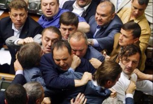 A routine fight in the Ukrainian parliament (photo taken on July 24, 2014)