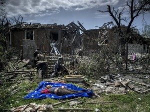Luganskaya village after the air strike by Ukrainian aviation, July 2, 2014. Source: RIA Novosti.