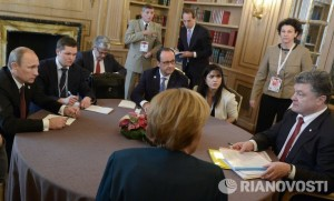 Putin, Merkel, Hollande and Poroshenko meeting in Minsk on Feb 11, 2015
