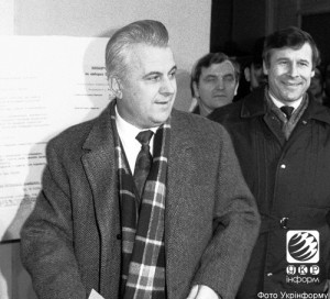 Leonid Kravchuk voting at All-Ukrainian referendum on independence on Dec 1, 1991.
