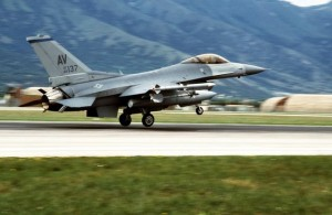 US Air Force F-16C Fighting Falcon aircraft of the 31st Fighter Wing landing upon returning from a mission in support of NATO airstrikes against the Bosnian Serbs.
