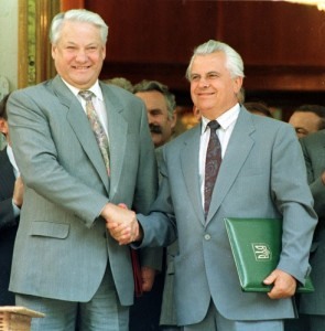 Boris Yeltsin and Leonid Kravchuk in 1992