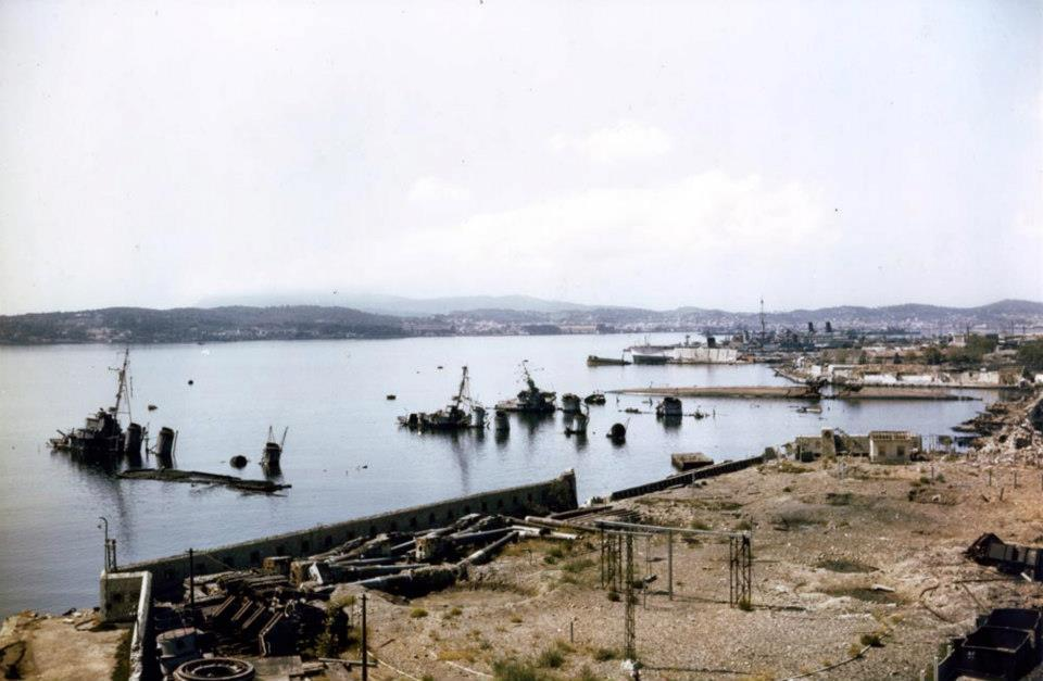 Major French Naval base Toulon, photo taken in 1944. Submerged hulls of VSS Tartu, Cassard, L'Indomptable, Vautour, Aigle, Condorcet are seen.