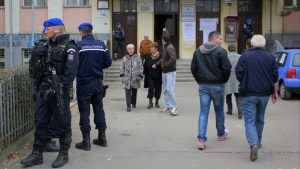 Nov 17, 2013. Elections in Kosovska Mitrovica held under the gunpoint of KFOR.