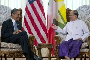 President Obama meets with Myanmar's President Thein Sein in Yangon, Nov 2012