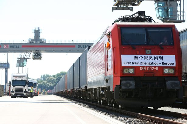 First Chinese cargo trains arrives in Hamburg