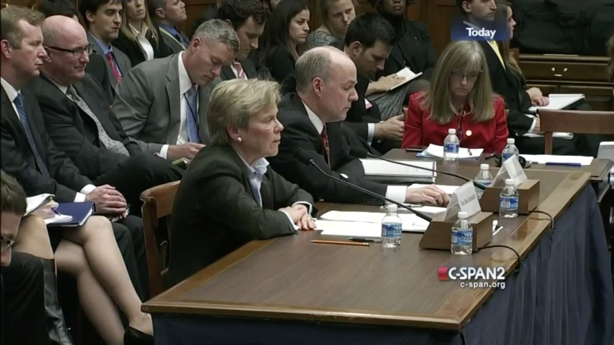 the State Department's Rose Gottemoeller, left, and the Defense Department's Brian McKeon testify on December 1, 2015, at a hearing in the House of Representatives on Russia's alleged violation of the Intermediate-Range Nuclear Forces Treaty.