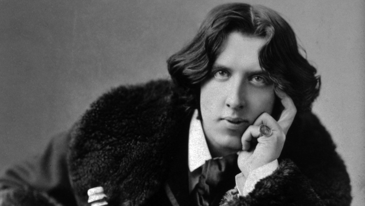 the picture of dorian gray and Librivox volunteers the picture of dorian gray (version 2 dramatic reading) oscar wilde (1854 - 1900) the novel tells of a young man named dorian gray.