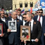 Netanyahu and Putin at Victory Day parade
