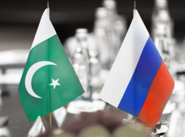 Russia Pakistan Flags