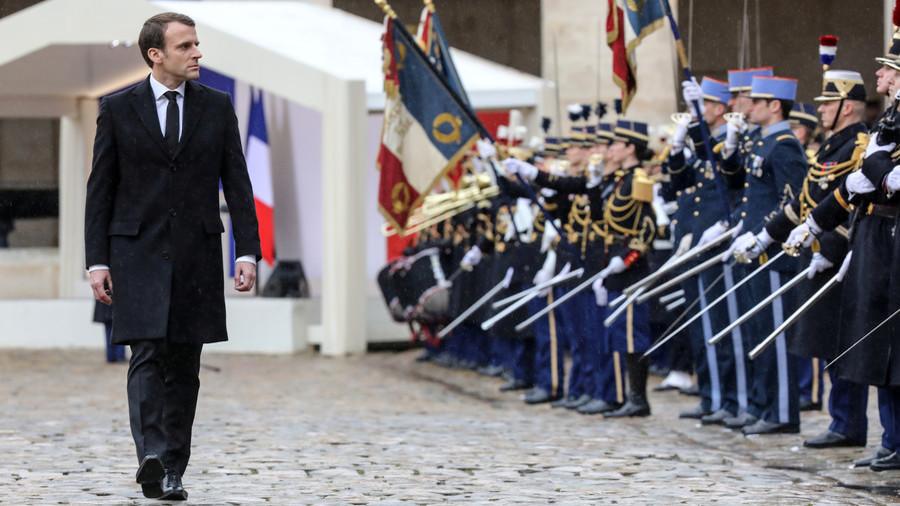 Macron army