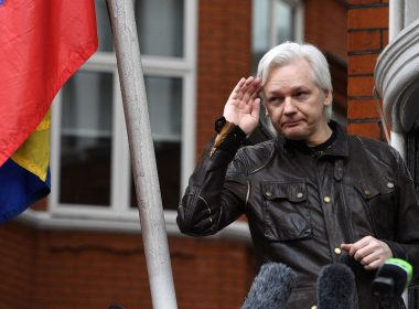 Assange receives passport