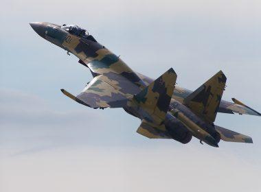 Sukhoi_Su-35_on_MAKS-2011