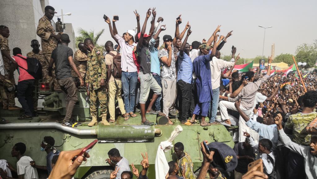 soudanais_khartoum_militaires
