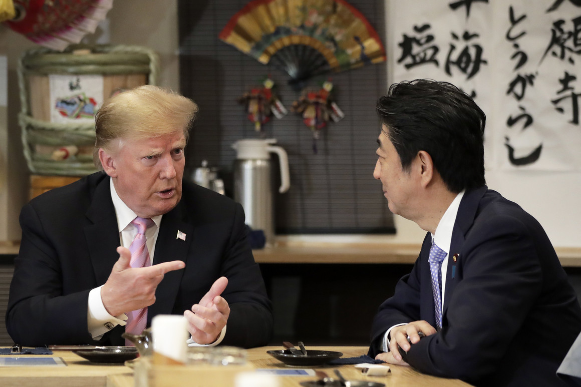 US President Trump and Shinzo Abe