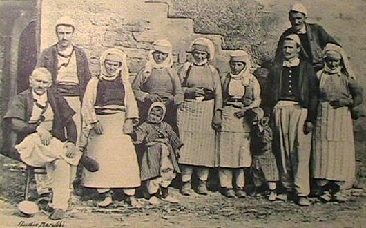 albanian-family1