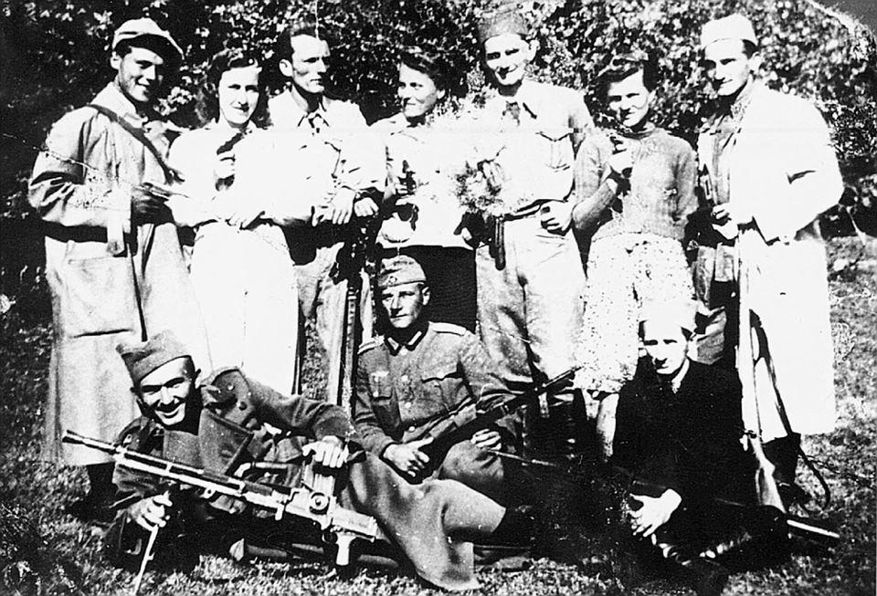 Partisans and Germans near Chachak