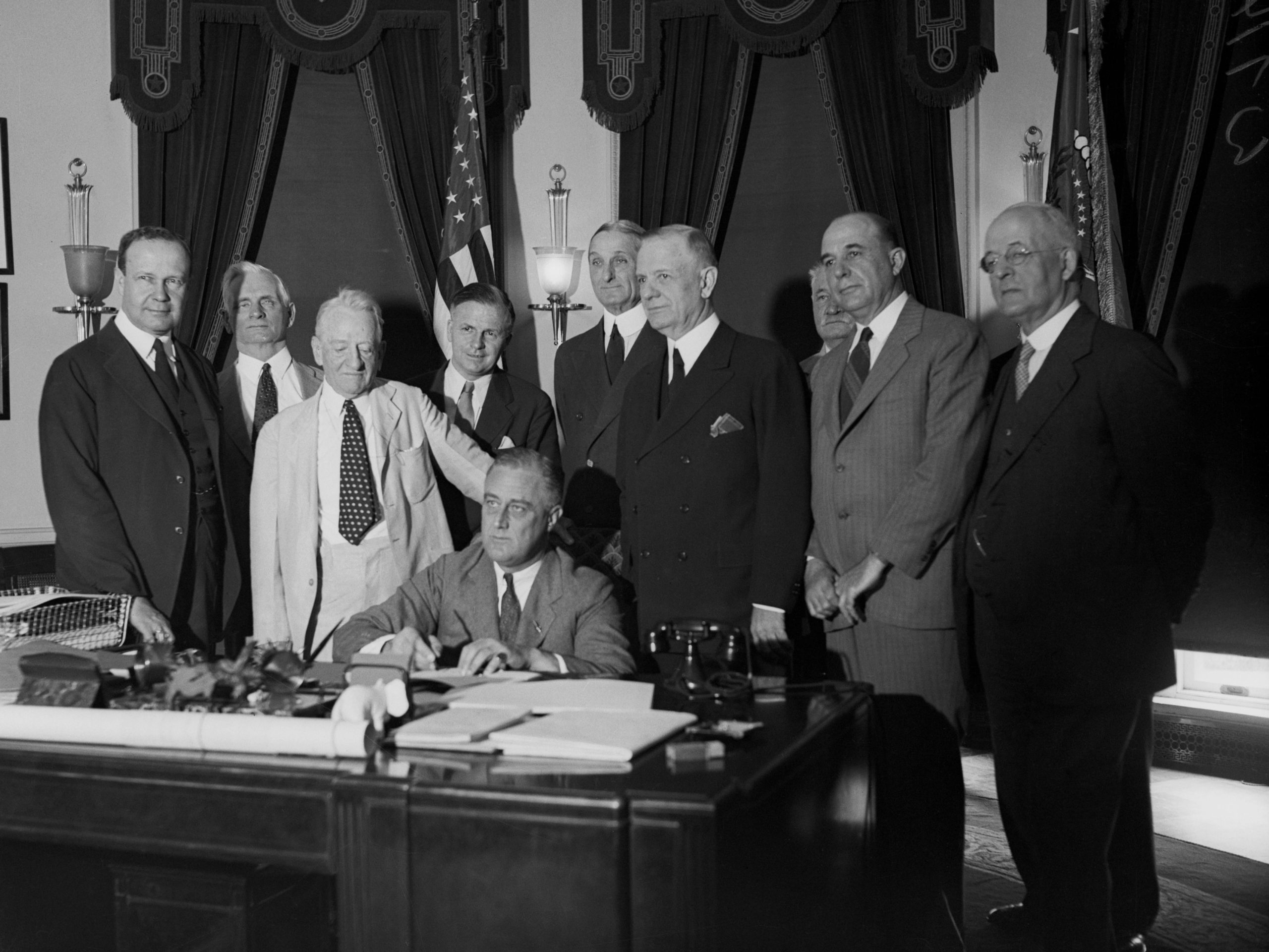 Glass-Steagall Banking Act of 1933