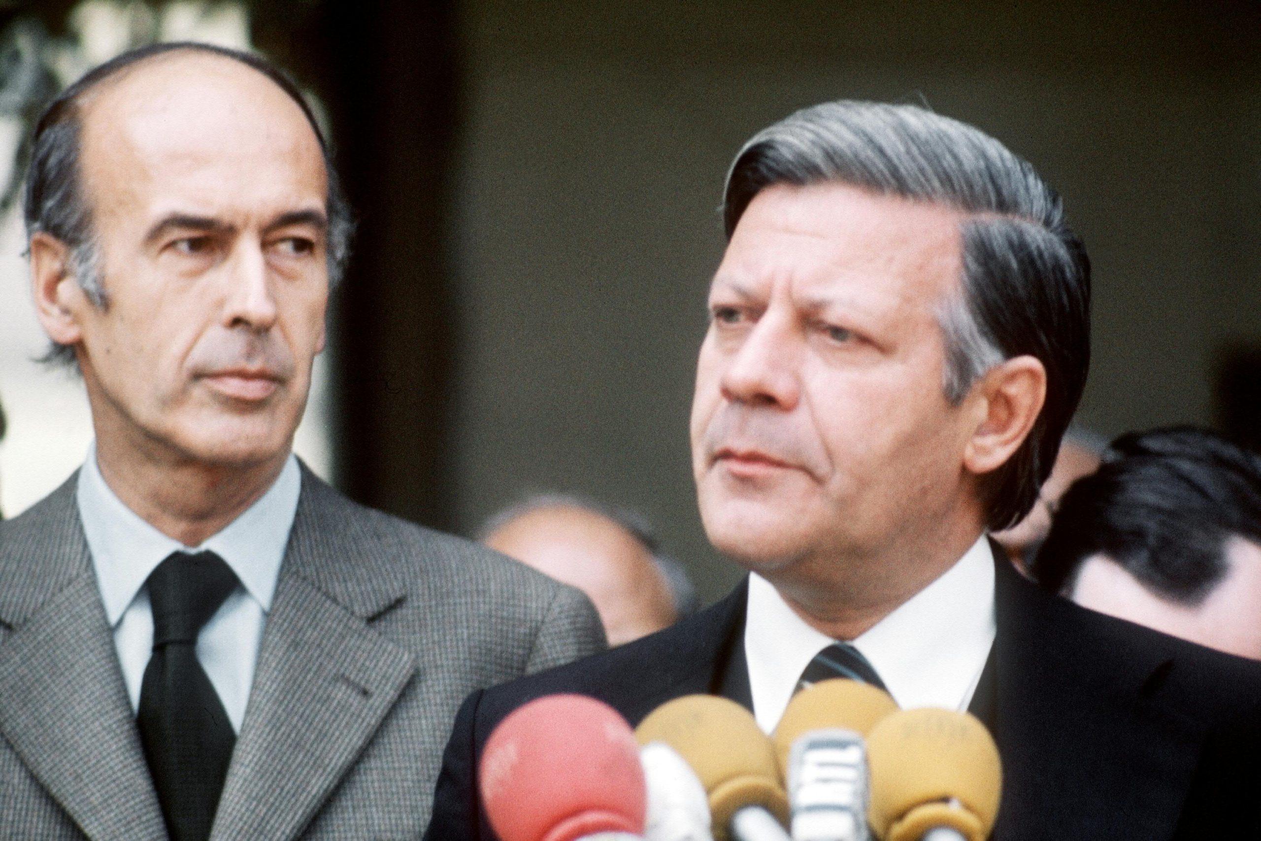 Giscard-Schmidt