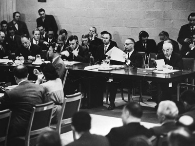 Mossadegh addressing UNSC
