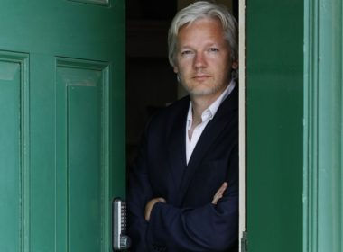 Assange's 16 day