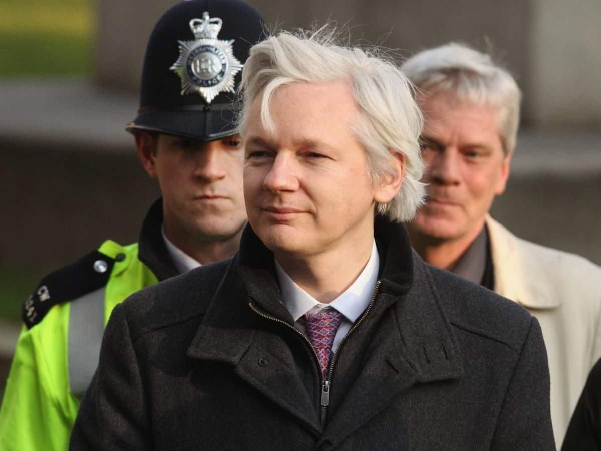 Assange's 2nd Day