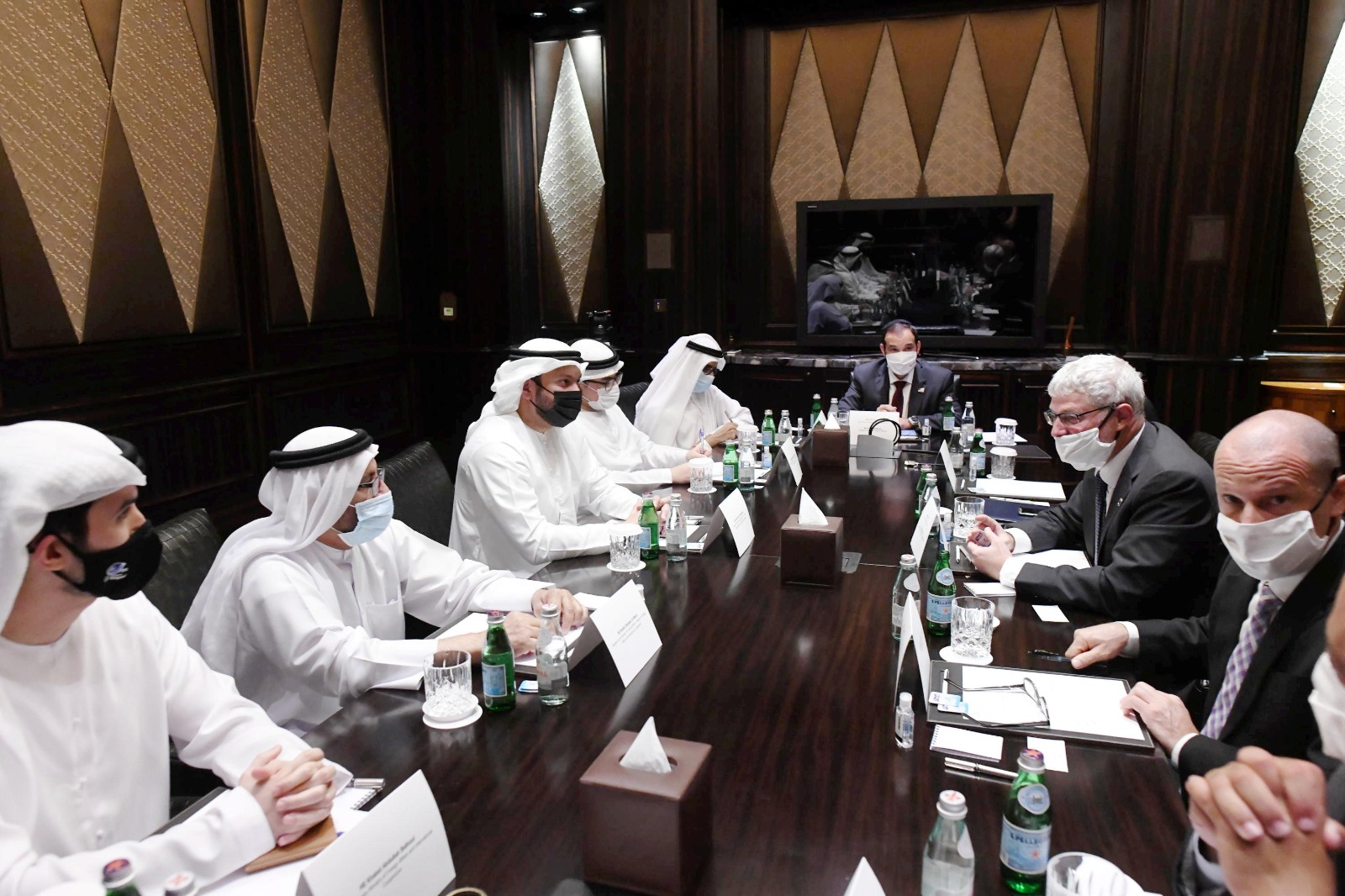 Working groups in Abu-Dhabi