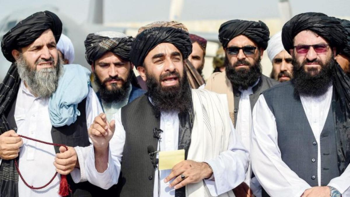 Taliban takes control of Kabul